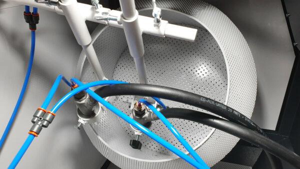 Straalkorf met 2 straalnozzles maakt serie-productie van tot 30 L per keer mogelijk