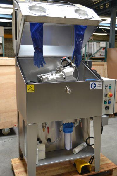Normfinish HP25 hoge druk handwascabine open